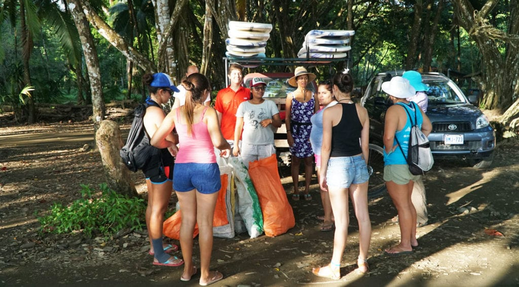 Bodhi beach cleanup in Bahia Ballena