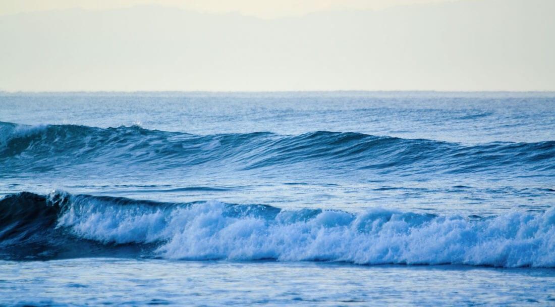 Types of waves: spilling wave